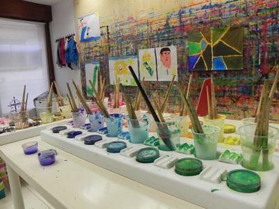 21kolore Taller De Pintura Creativa Acompañada Ingles Aleman Infantil03