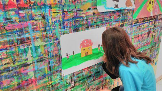 21kolore Taller De Pintura Creativa Acompañada Ingles Aleman Infantil14