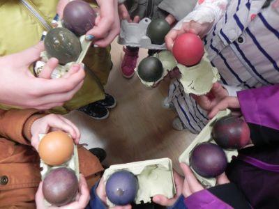 Huevos De Colores 0015